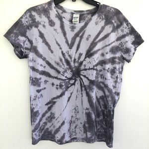 Women's black tie dye shirt